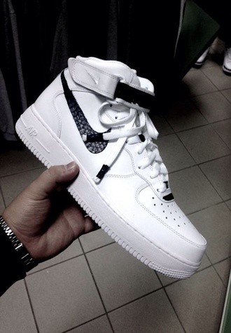 shoes white sneakers nike shoes nike running shoes white nike nike air force 1 nike air white nike air force one boots white shoes fashion airfoce nike air force af1 black crocodile nike sneakers black and white cool airforce 1 s animal skin nike air force id high 2014 mens shoes air force nike brown high top sneakers sneakers