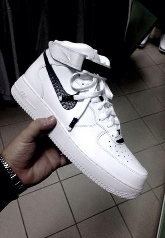 shoes nike air force nike air force 1 nike af1 black white airfoce nike air shorts snake skin black and white sporty