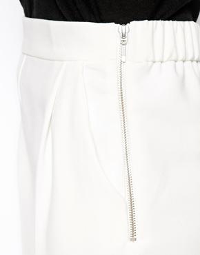 ASOS   ASOS Luxe – Hose mit lockerem Schnitt bei ASOS