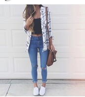 top,top white and black,jeans,denim,ripped,blue jeans,ripped jeans,light blue jeans,coat,blouse,cardigan,shirt,white shirt,check shirt,checked shirt,grey,fashion,flannel shirt,flannel,plaid,crop,crop tops,black,white,pumps,white shoes,jacket,tank top,cute,summer outfits,style,striped shirt,skinny jeans,pants,black and white,white and black flannel,white and black tshirt,i need this help,tumblr,tumblr outfit,aesthetic,cute outfits,tumblr shirt,tumblr top,love,school girl,school outfit,i want the white flannel but can't finde it