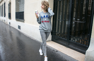 violette daily blogger sweater pants shoes bag grey sweater grey jeans white sneakers