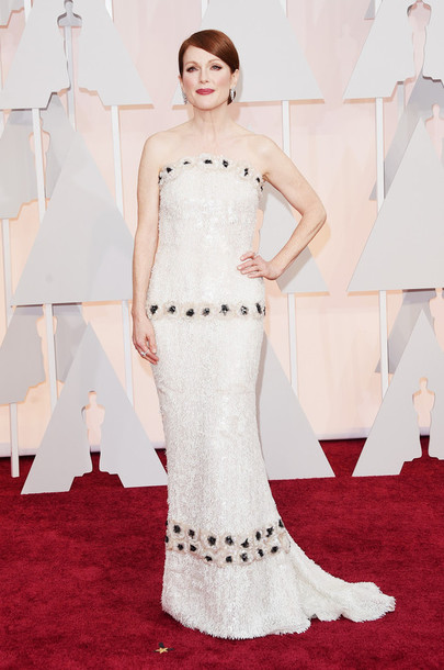dress gown oscars 2015 julianne moore strapless red carpet dress
