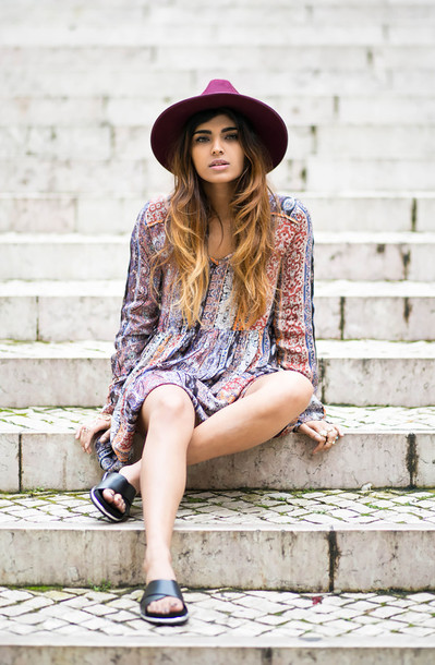 she wears fashion blogger hat dress birkenstocks boho dress shoes jewels earphones