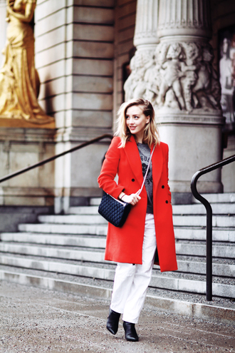 framboise fashion blogger red coat white pants