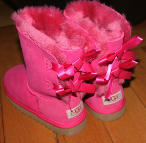 shoes, ugg boots, pink, love, cute, pretty, fashion, bows, badly - Wheretoget