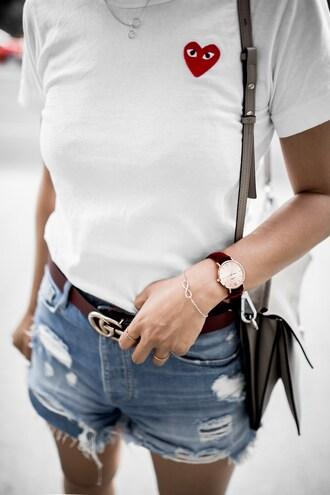 jewels tumblr watch bracelets gold bracelet belt gucci gucci belt logo belt t-shirt white t-shirt shorts denim shorts blue shorts bag grey bag