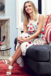 dress,flowers,floral,midi dress,jessica alba,summer dress,summer outfits,mules,sandals