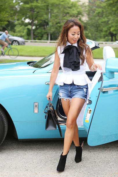 fashion-a-holic - chicago fashion blog blogger blouse shorts shoes bag sunglasses