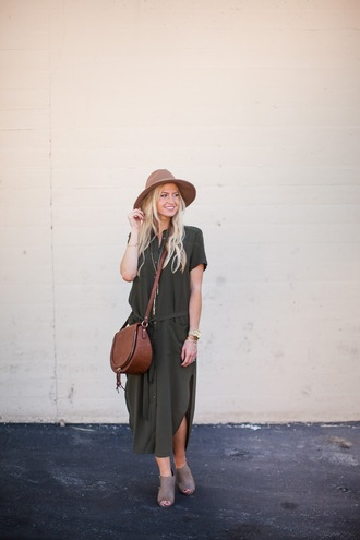 elle apparel blogger dress shoes bag hat jewels