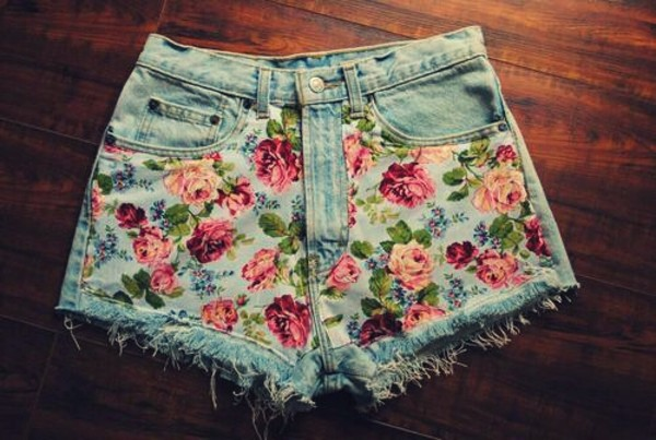 shorts floral denim shorts cut off shorts light blue cute weheartit outfit pink lovely beautiful summer