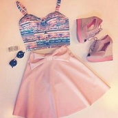 skirt,pink,tribal pattern,crop tops,bow,high heels