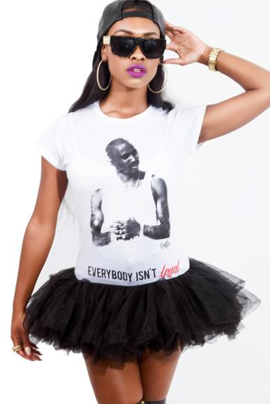snapback skirt top dope trill tupac gold bracelets shades t-shirt