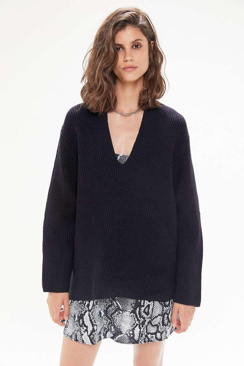 UO Victoria Oversized V-Neck Sweater