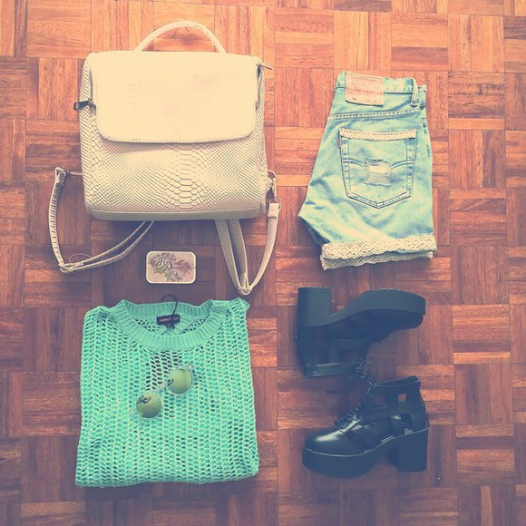 levi's sweater jeffrey campbell free people lookbook fashion lime bag back to school black boots chunky sole