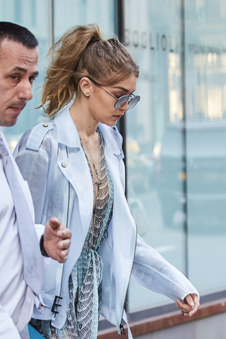 sunglasses gigi hadid celebrity model aviator sunglasses jacket blue jacket hairstyles