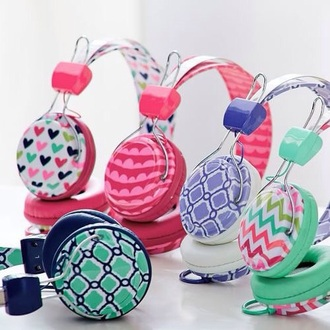 pink aztec heart headphones