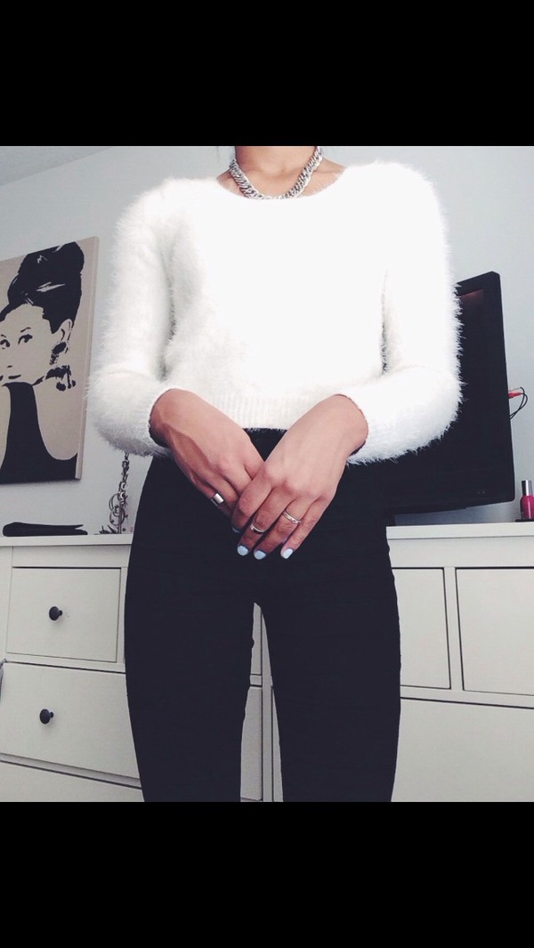 jeans white jumper white nail polish jumper black jeans white fluffy jumper silver jewelry