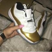 shoes,jordan shoes.,jordan,gold,white,want need