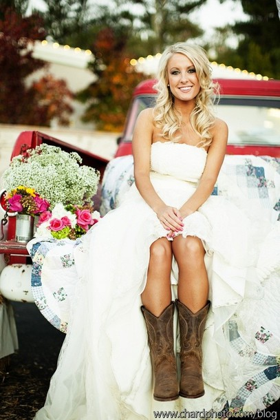Western Style Wedding Dresses on a Budget images