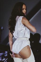 underwear,bodysuit,white bodysuit,belt,rihanna,celebrity,concert