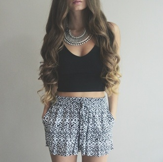 shorts crop tops high waisted shorts black crop top jewels necklace jewelry silver silver necklace silver jewelry summer top summer outfits summer out summer shorts top