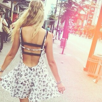 dress open back dresses floral loose summer dress open back open back summer black flowers grunge crop top crop tops light dark blonde hair blue white cream tan t-shirt jewels blouse underwear