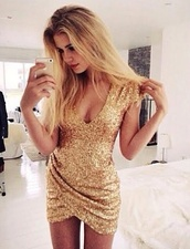 dress,gold,gold dress,sparkly dress,gold sparkly,party dress,gold sequins dress,mini dress,gold sequins,sequin dress,glitter dress,glitter,sequins,style,christmas dress,party,blonde hair,chic,glamour,sparkle,nye dress,short dress