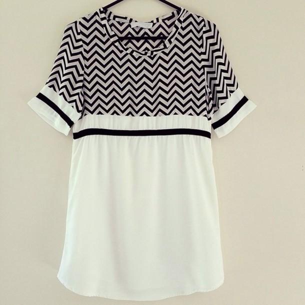 dress monochrome black and white tee dress shift dress chevron zigzag tshirt t