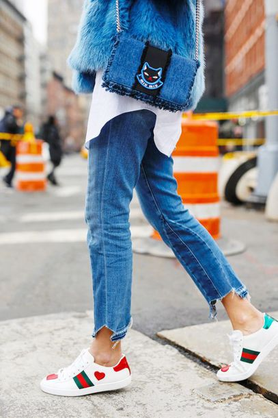 Jeans tumblr blue jeans denim cropped jeans sneakers white sneakers low top sneakers ...