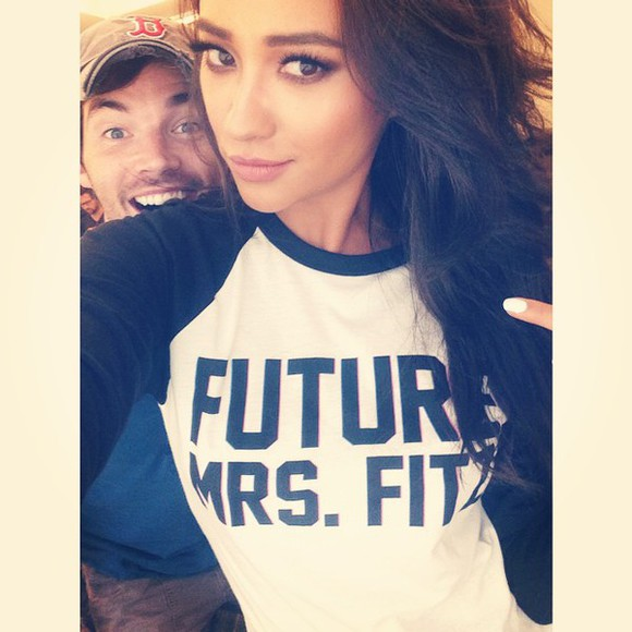 pretty little liars shay mitchell t-shirt emily fields