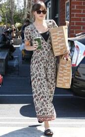 dress,midi dress,floral dress,slide shoes,dakota johnson,streetstyle,casual