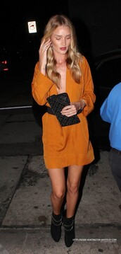 rosie huntington-whiteley,dress,bracelets,shoes,long sleeve dress