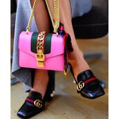 bag,tumblr,pink bag,chain bag,gucci,gucci shoes,gucci bag,black shoes