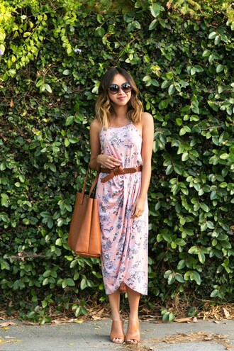 lace and locks blogger dress sunglasses belt bag jewels shoes