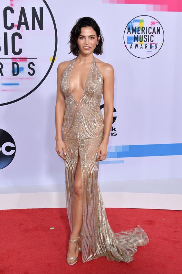 dress gown prom dress wedding dress slit dress red carpet dress jenna dewan American Music Awards embellished dress sandals shoes