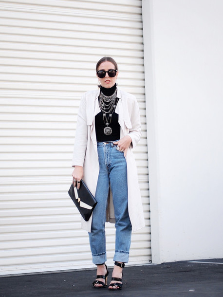 b. jones style blogger mom jeans trench coat pouch coat shoes jewels