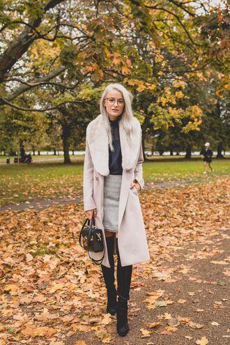 coat tumblr lilac fur collar coat boots black boots over the knee boots over the knee bag glasses