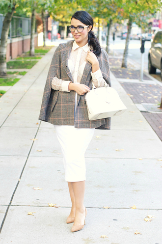 gumboot glam blogger 50s style cape white bag pencil skirt white skirt white shirt