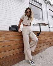 bag,crossbody bag,wide-leg pants,top,crop tops,sunglasses,button up