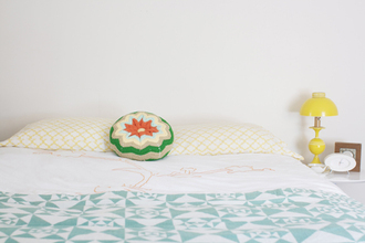 white sweater blue teal light blue green cushin bedding round retro streetwear pillow crochet knitwear peach yelloe old fashion floral pattern circle yellow lamp check light peach home decor