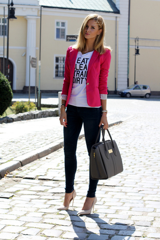 beauty fashion shopping blogger jacket jeans bag t-shirt shoes jewels