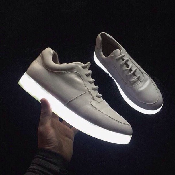 shoes trainers glow in the dark grunge pale pale grunge tumblr white shoes dark glow in the dark led light up shoes