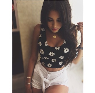 top grunge tumblr daisy cute floral madison beer love shorts