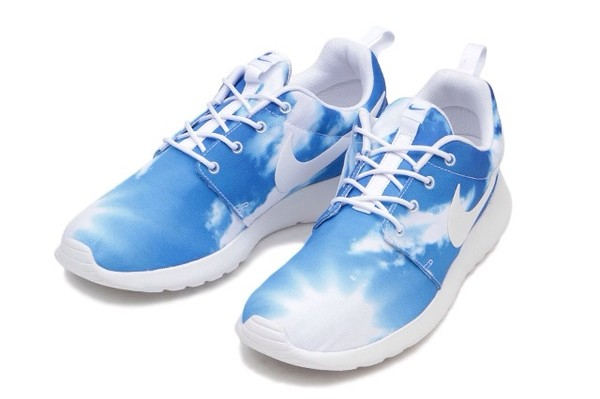 shoes nike nike roshe run baby blue tribal pattern roshe runs