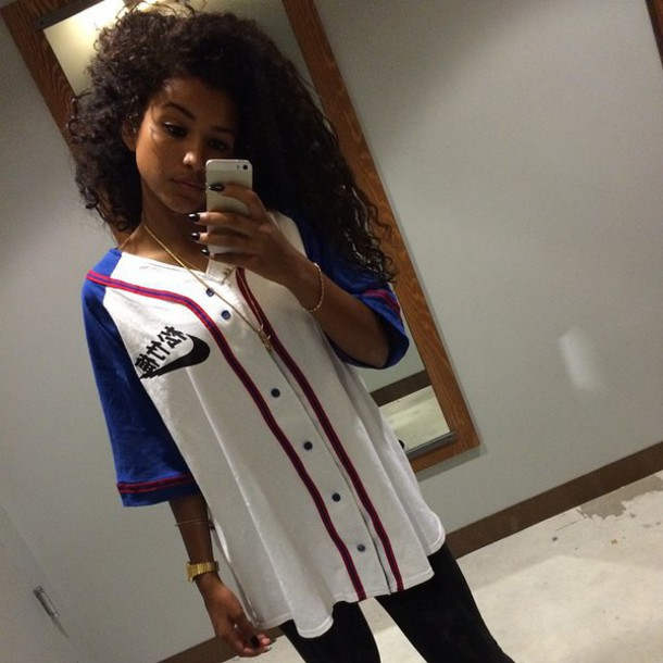 Entretener Corte de pelo microondas  top, white jersey, nike, jersey, sportswear, dope, style, swag, girl, dipe  girls, tumblr, instagram, baseball jersey, boys shirts, boys jersey -  Wheretoget