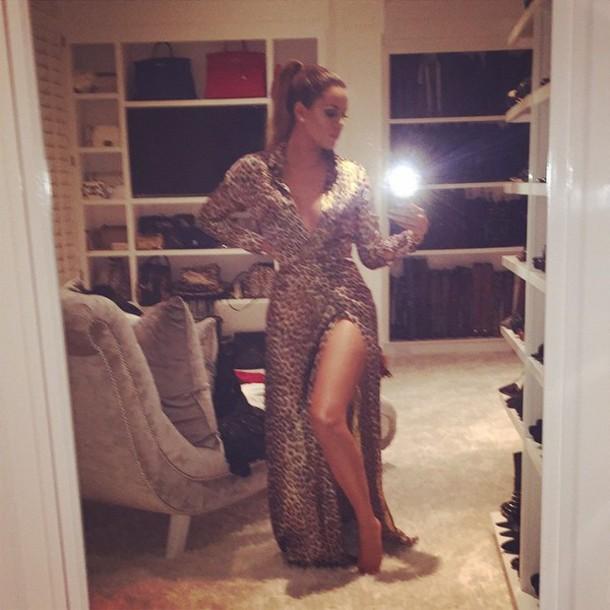 dress khloe kardashian gown animal print leopard print red carpet dress