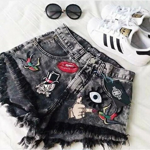 shorts pants tumblr cute style girl girly adidas superstars etsy sunglasses patched denim black shorts lips skull birds eyes fuck off vintage
