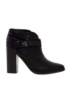 Senso | Senso Lisa I Black Strap Heeled Ankle Boots at ASOS
