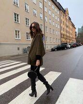 coat,green coat,black boots,heel boots,black bag,black sweater
