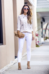 chicstreetstyle,blogger,blouse,jeans,sunglasses,bag,belt,shoes,jewels,white jeans,sandals,clutch,spring outfits,shirt